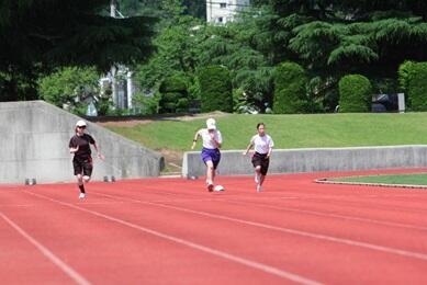 女子100m走
